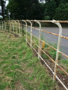 Photo: cheshire railings before restoration
